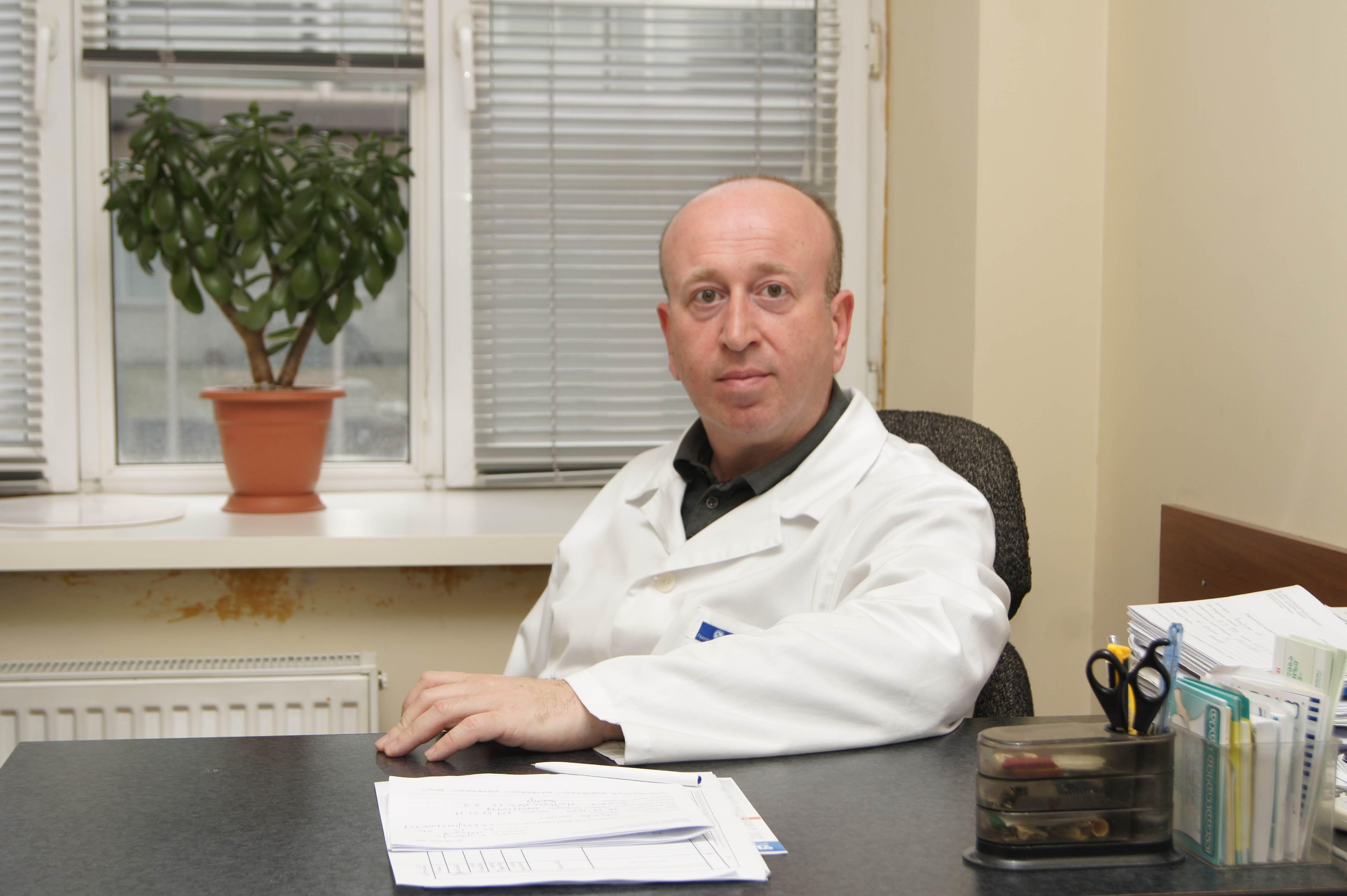 ირაკლი ჯიბლაძე დერმატო-ვენეროლოგი