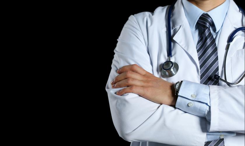 ალექს თიღილაური ტრავმატოლოგი
